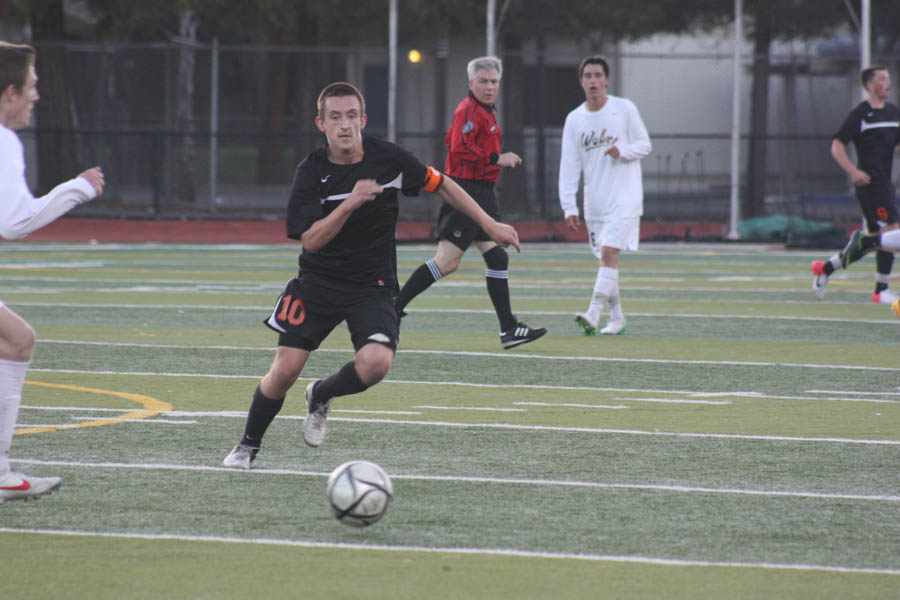Soccer teams fall short in NCS