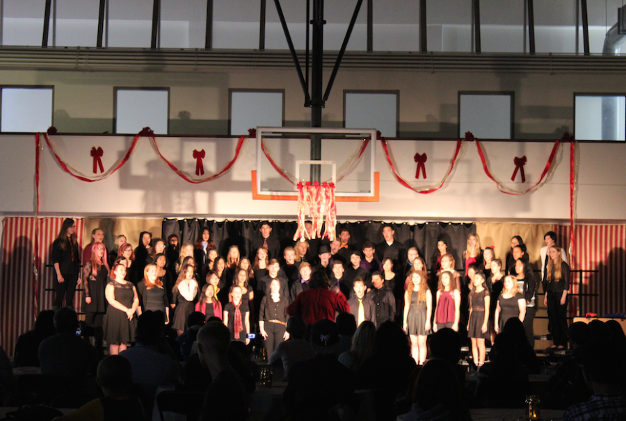 Cal+High+choir+students+will+sing+popular+Christmas+carols+at+the+holiday+concert+on+Dec.+10.+
