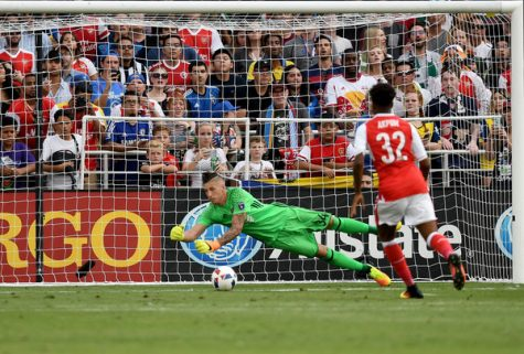 Former Grizzly soccer star David Bingham shines in goal