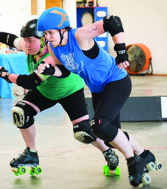 English+teacher+Devan+Manning%2C+right%2C+participates+in+a+practice+for+her+roller+derby+team%2C+the+Oakland+Outlaws.