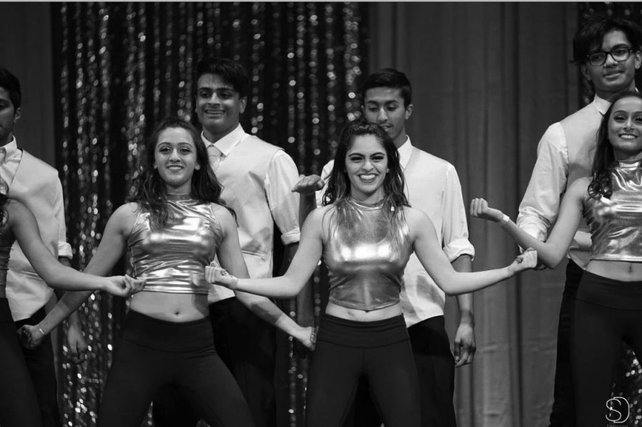 Bollywood+dances+its+way+to+Cal