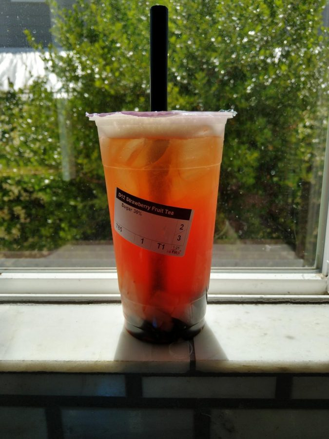 The strawberry fruit tea from i-Tea is very sweet, even at 30 percent sugar, and has a bitter aftertaste due to the tannins that tea produces when it has been steeped for too long, or in i-Tea's case, when a tea powder is used. The lychee jelly in it is fantastic, stiff but still chewy, and the strawberry flavor isn't overwhelming.
